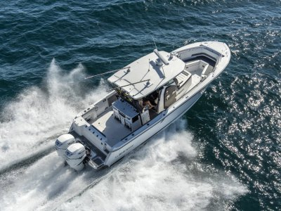 Blackfin 332CC WITH ALL STANDARD INCLUSIONS