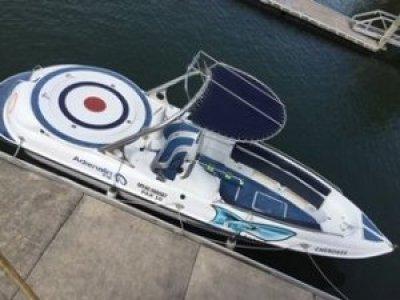 Surfrider Cherokee 30 Parasailing Boat