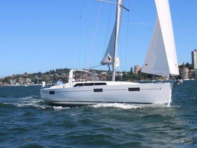 Beneteau Oceanis 41.1 Hull 235