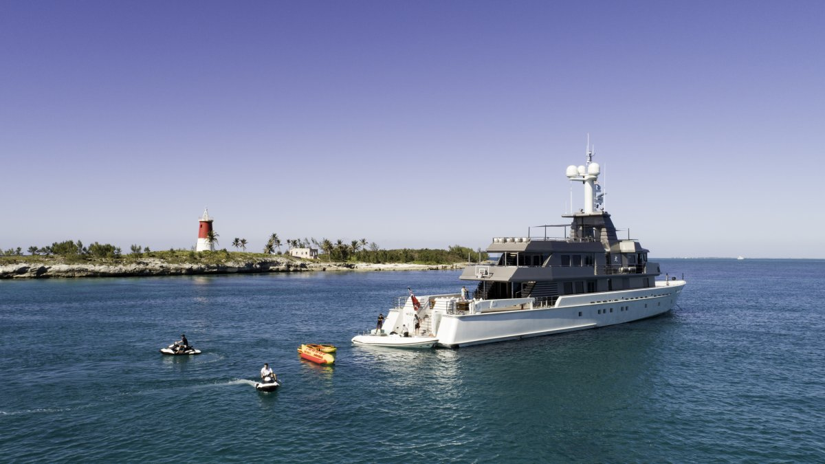 Oceanfast 174 Custom Superyacht