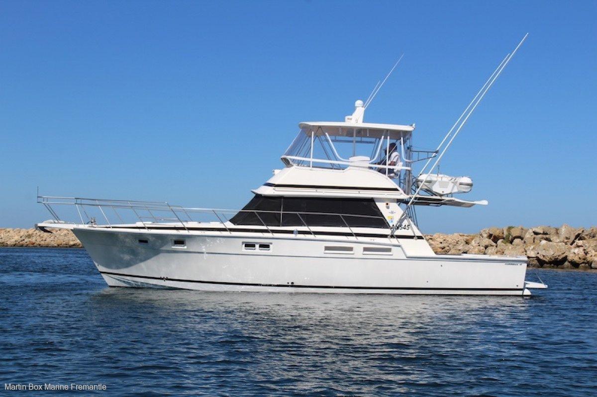 Caribbean 45 Flybridge Cruiser FIVE STAR