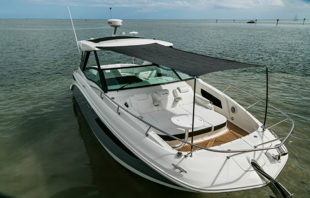 Sea Ray 320 Sundancer OB Sports Cruiser