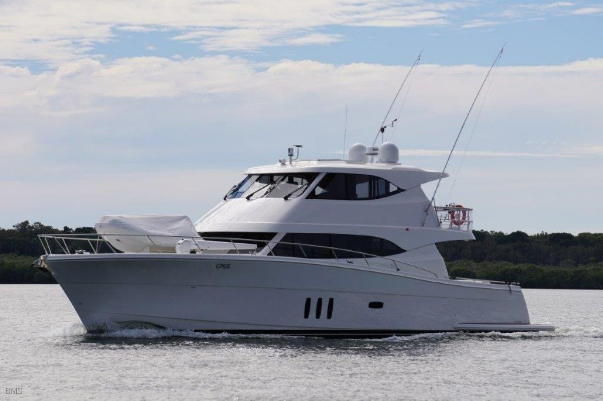 Maritimo M70 Cruising Motoryacht 2015 MARITIMO M70 CRUISING MOTORYACHT