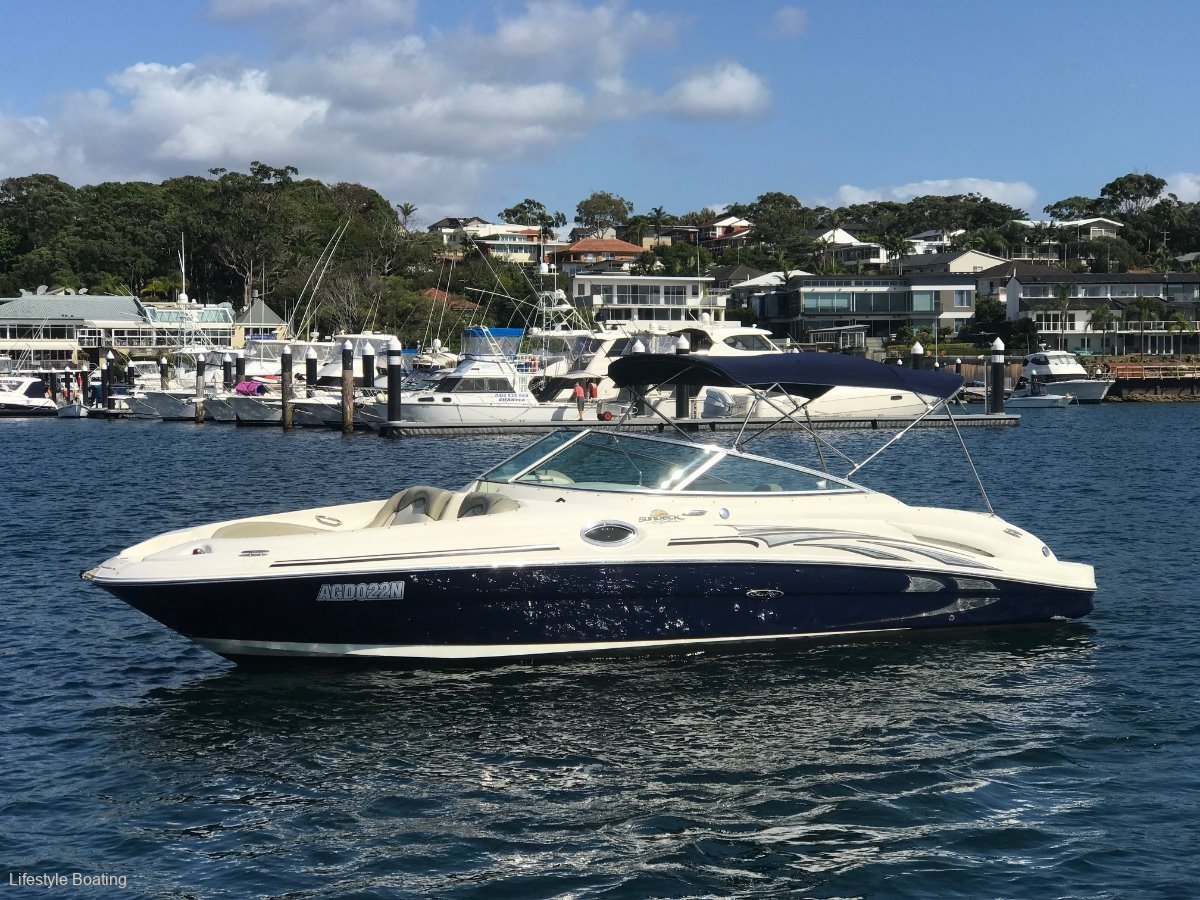 Sea Ray 270 Sundeck 2005: Power Boats | Boats Online for Sale