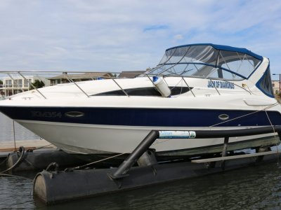Bayliner 305 Bayliner 305 2005 only 2 owners since new