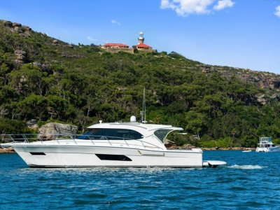 Riviera 445 SUV Low hours and immaculatley presented