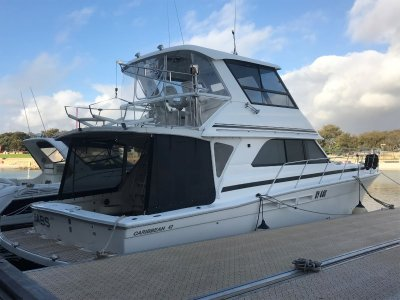 Caribbean 47 Flybridge Cruiser