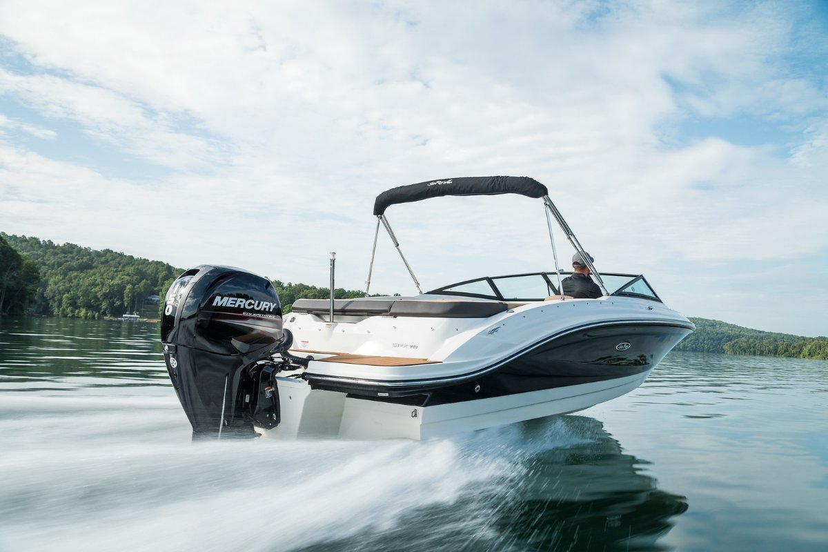 Sea Ray 210 SPX OB Bowrider