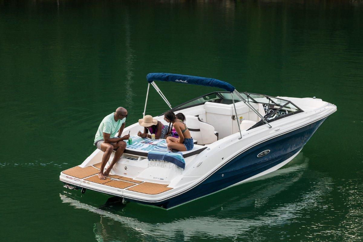 New Sea Ray 230 Spx Bowrider: Trailer Boats | Boats Online