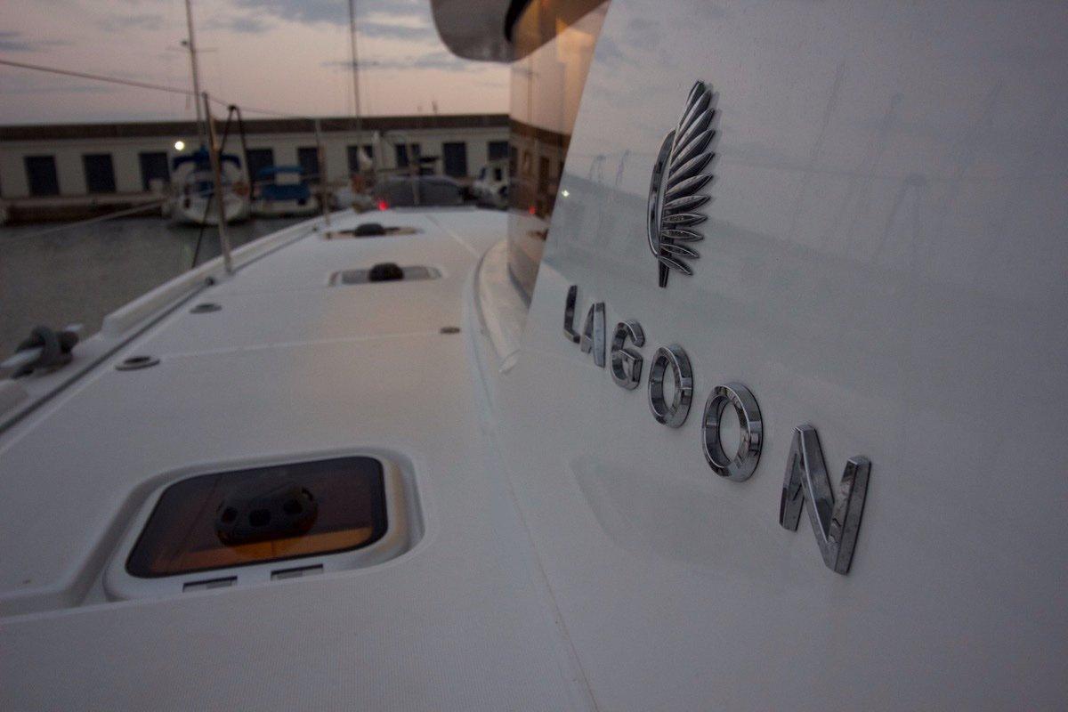 Lagoon 42 2019