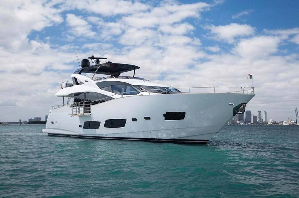 Sunseeker 2016 Sunseeker 28 Metre Yacht:2016 SUNSEEKER 28M FOR SALE