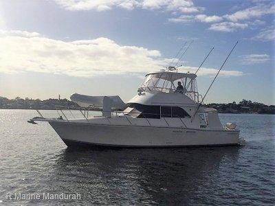 Caribbean 40 Flybridge Cruiser ** Classic WA Cruiser **