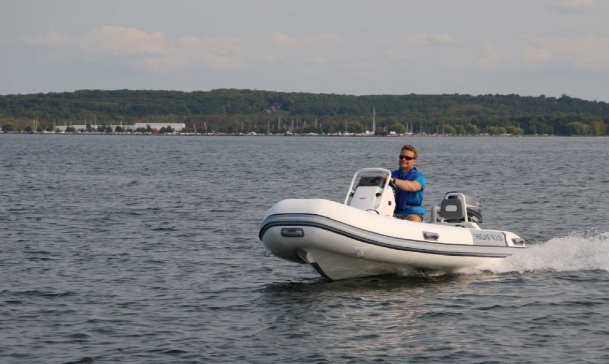 Highfield Classic Deluxe 380 PVC | Port River Marine Services