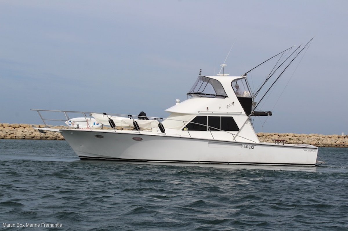Precision 45 Flybridge Cruiser