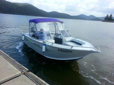 Bluefin 5.35 Bowrider