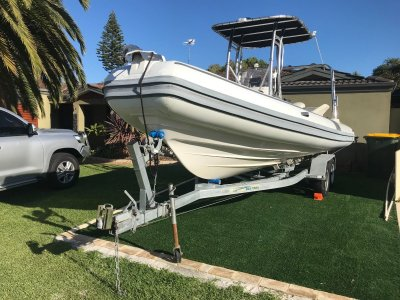 West Ribs 2015 Rigid Inflatable 6.75M 175 HP Etec