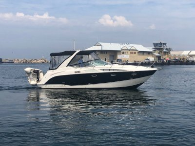Bayliner 300 Cruiser Huge open plan design