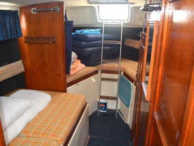Clipper Sundecker Flybridge Cruiser