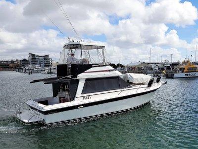 Riviera 34 Flybridge Cruiser **TWIN YANMAR REFIT 2011**