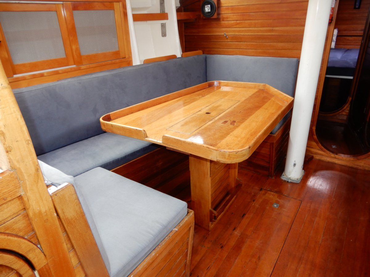 Adams 40 TREWARTHA BUILT Excellent condition