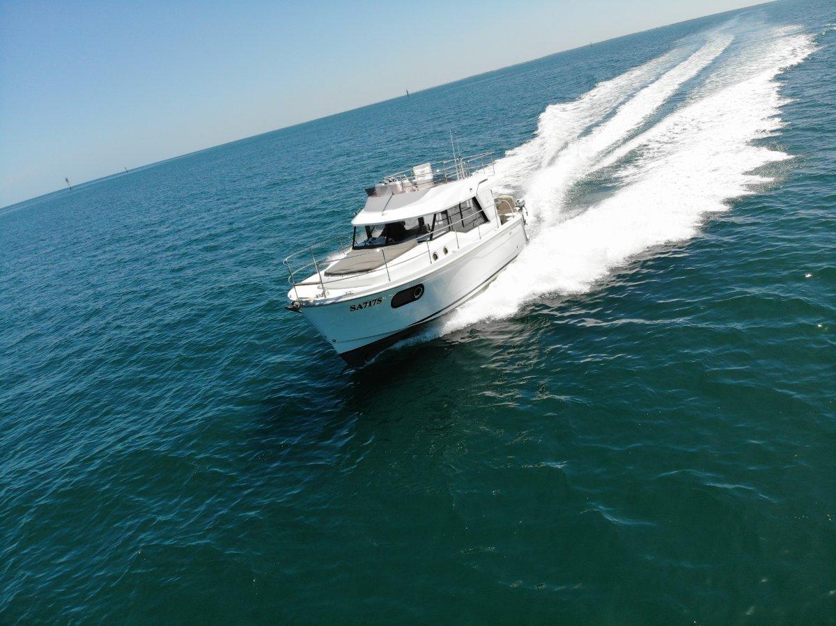 Beneteau Swift Trawler 30 Hull 52