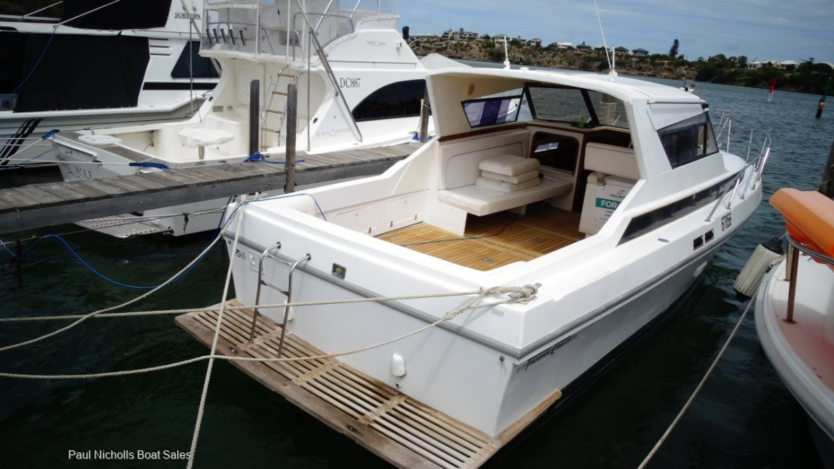 Thomascraft 35 Sports Cruiser FRESHWATER COOLED ON SHAFTS HUGE PRICE REDUCTION !