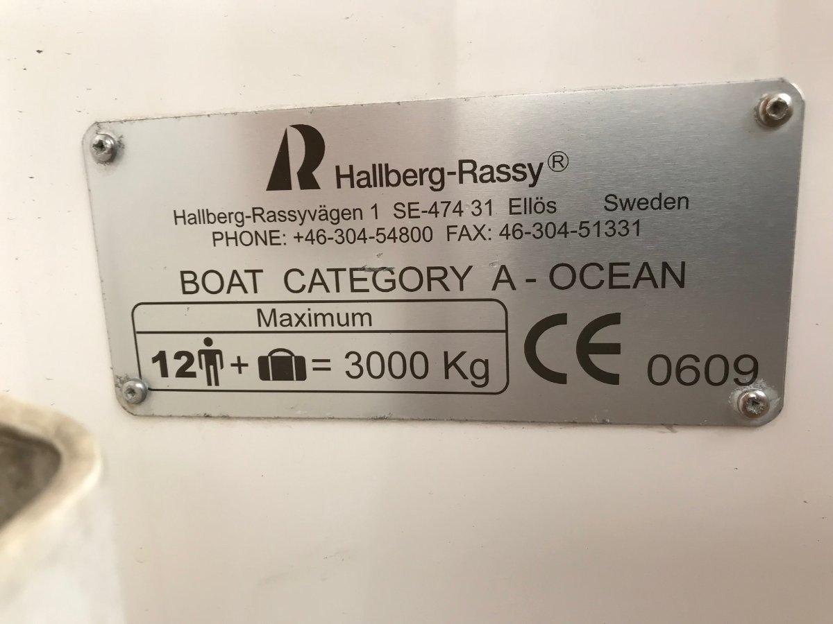 Hallberg-Rassy 43 MK 11 CENTRE COCKPIT CRUISER