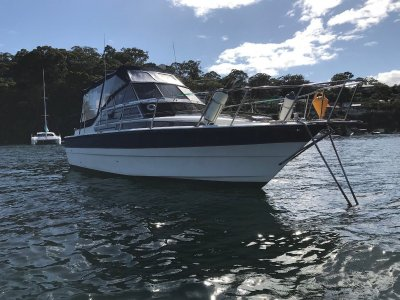 Fjord 30 Weekender 30 Foot Cruiser weekender 496 Mercruiser 152 Hours