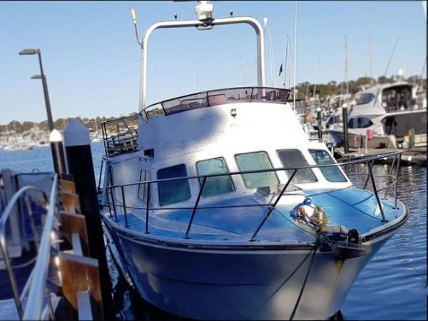 2001 CHARTER BOAT