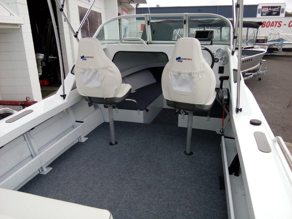 New Quintrex 520 Sea Spirit