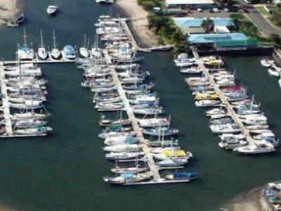 11 metre marina berth E9 at Kawana Waters Marina