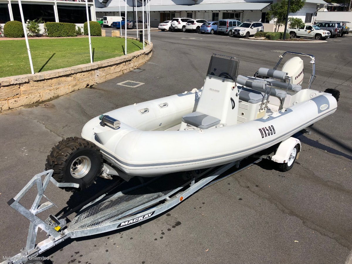 Sealegs 7.1m RIB - Very low hours, hardly used