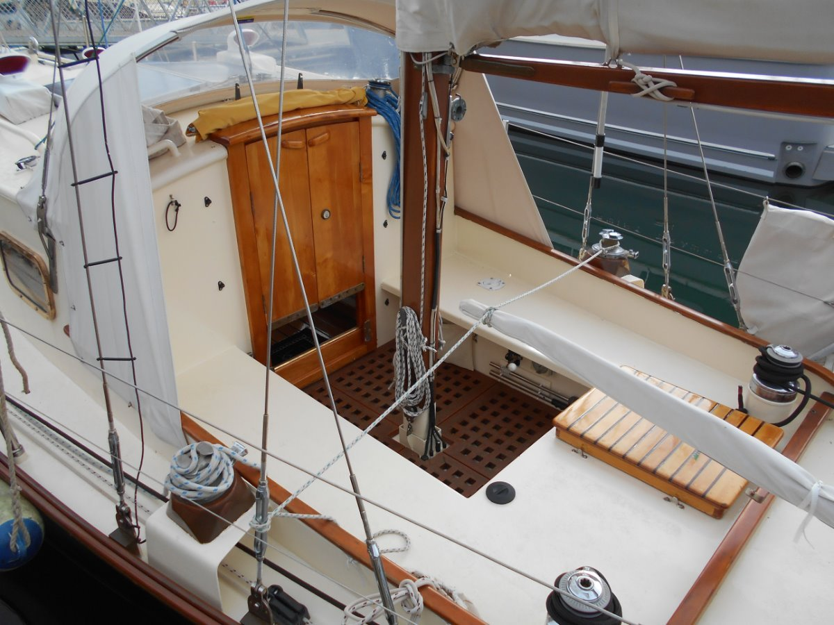 Traditional Wittholz Departure 35 Cruising Ketch SUPERB