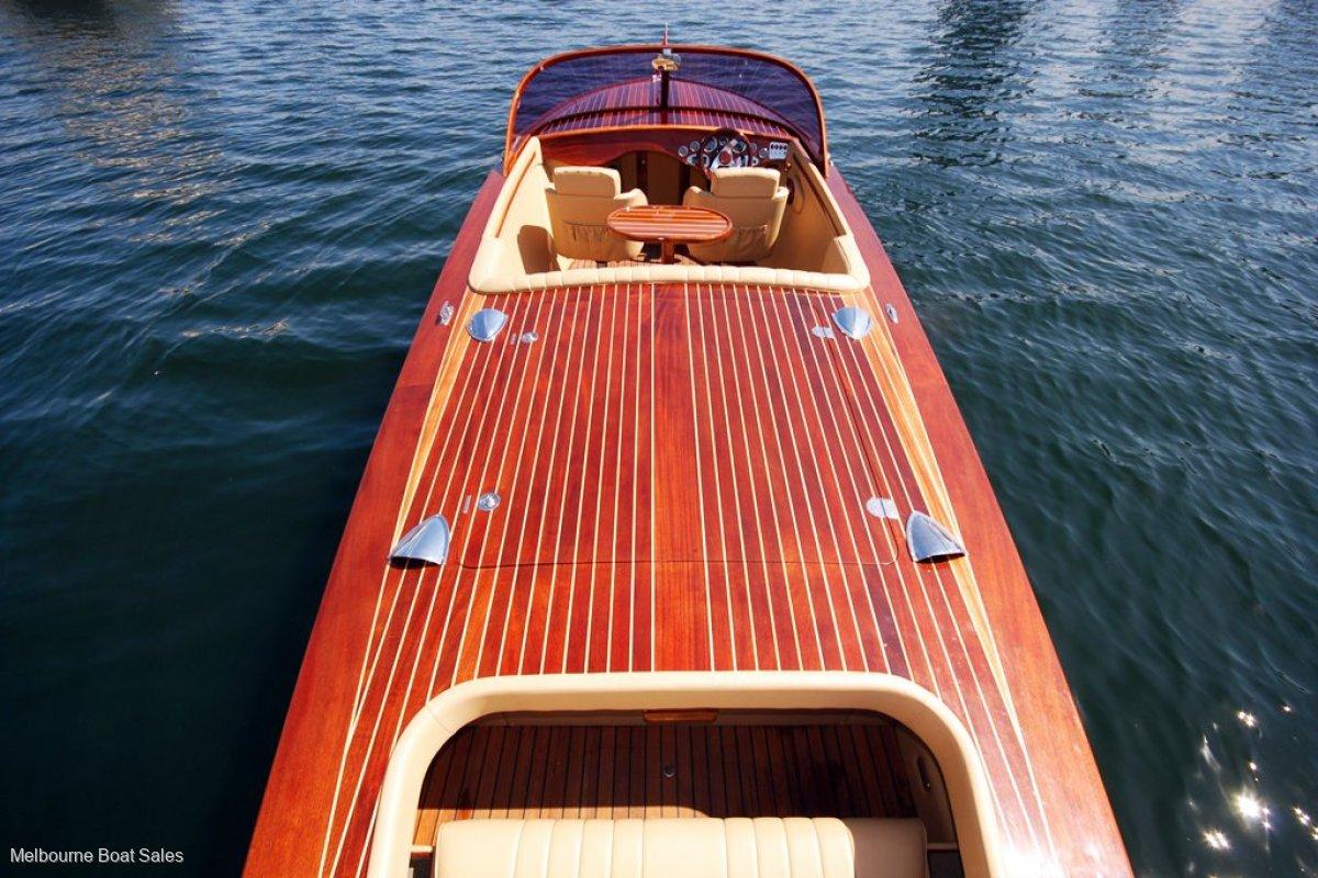 Custom 25 Timber Runabout