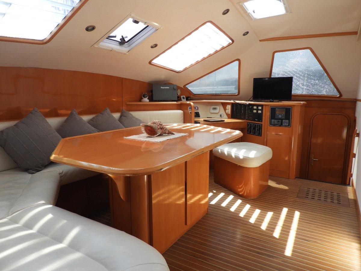 Privilege 42 Blue Water Cruiser