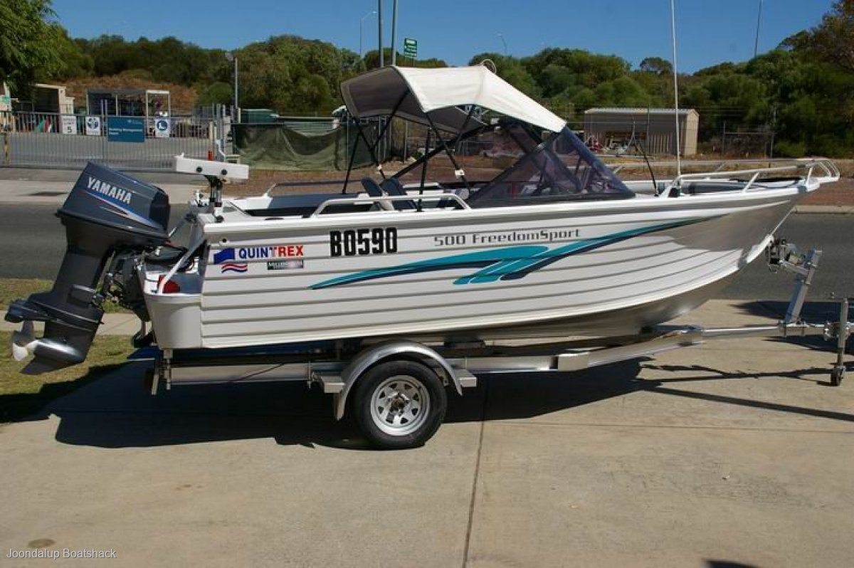 Quintrex 500 Freedom Sport 70hp Yamaha 2002 model bow rider