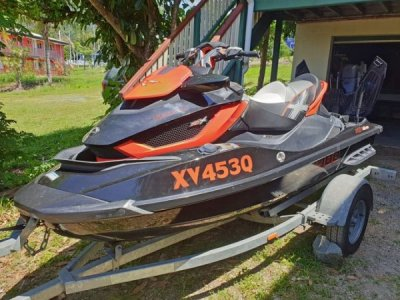 Sea-Doo RXT 260RS with optional adjustable suspension (AS)