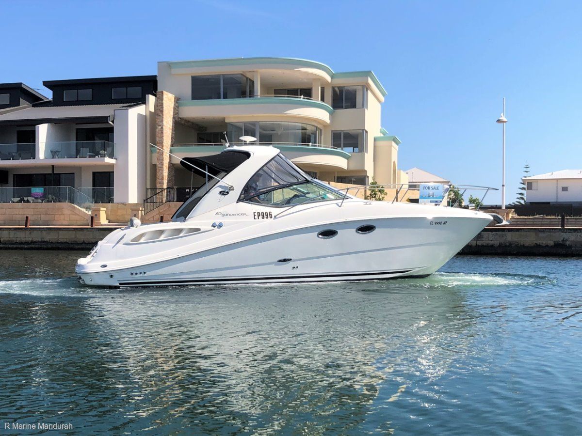 Sea Ray 325 Sundancer *** FINE FAMILY CRUISING *** UNDER OFFER ***