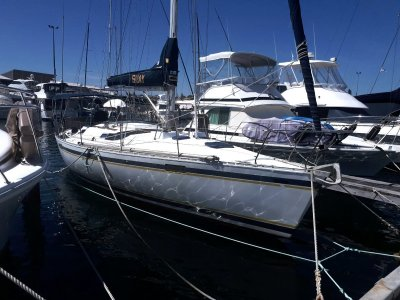 Beneteau Oceanis 390 (LARGE REDUCTION)- Click for more info...