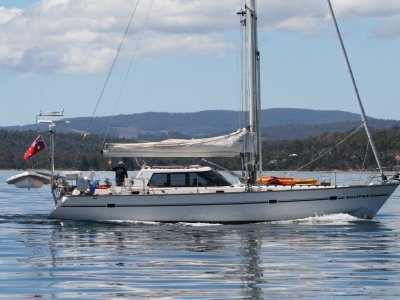 Buizen 48 Pilothouse HUGE PRICE REDUCTION MUST SELL