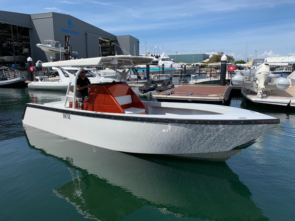 Avenger 8.70m built by southerly designs