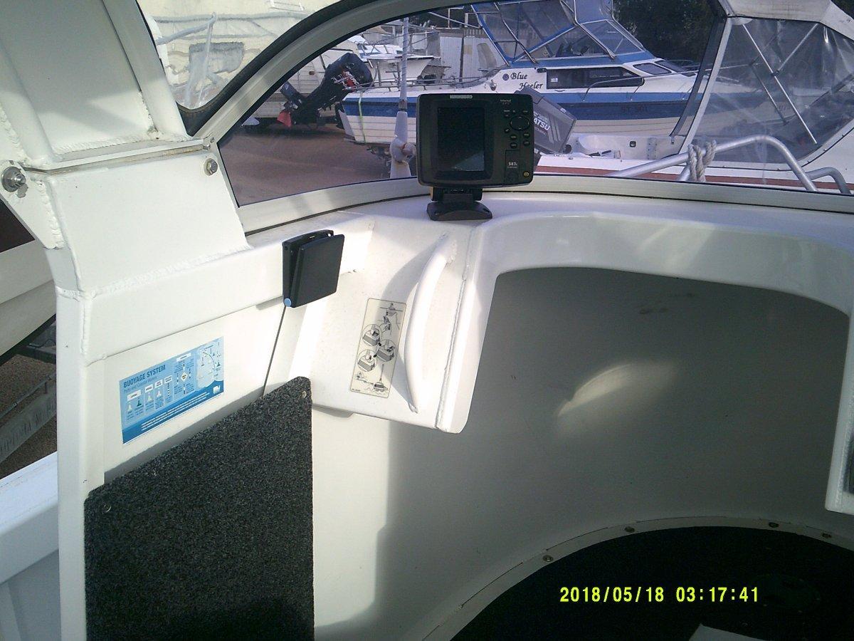 Formosa 580 Centre Cab 2010 FORMOSA 580 CENTRE CAB