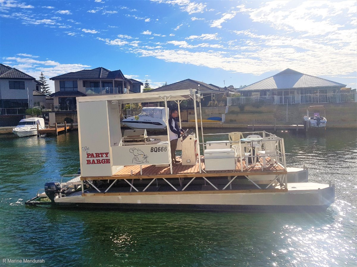 Custom Pontoon Boat ** Built Tough** $33,990