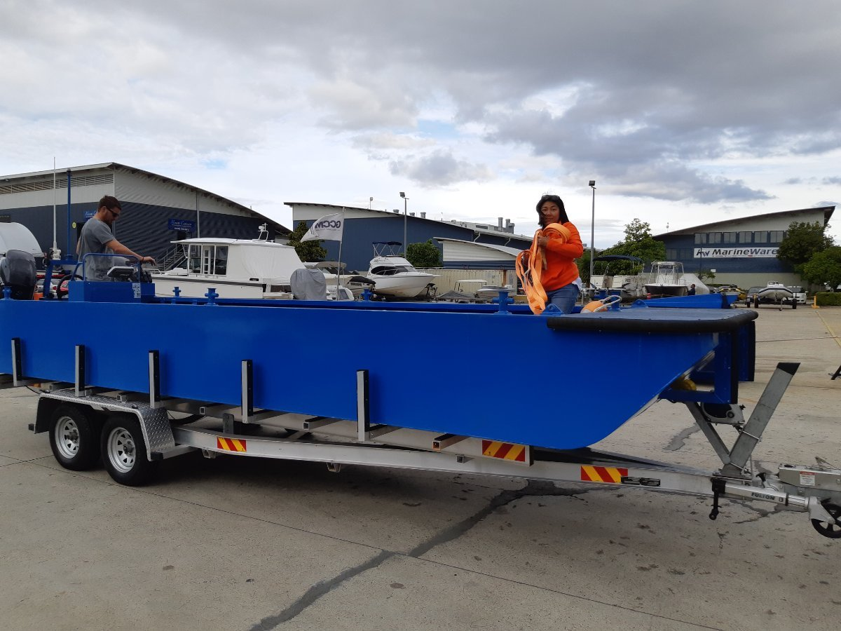Sabrecraft Marine WB7400 Fish Farm Oyster Farm Work Boat Punt - CE Approved