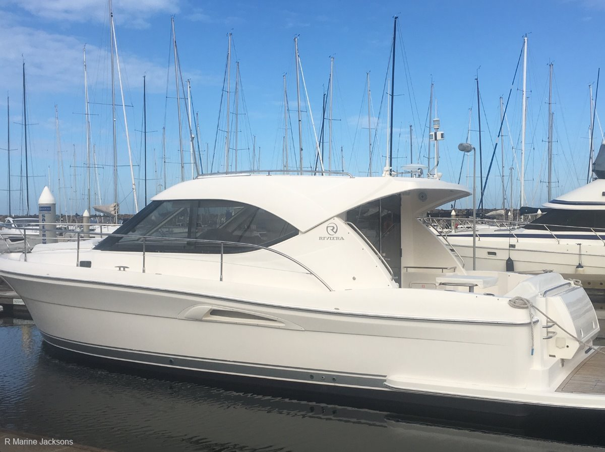 Riviera 3600 Sport Yacht Boat Brokers of Tasmania