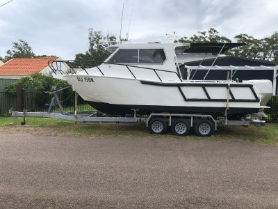 Downunder 2005 8m Plate Aluminium boat built to 2C survey