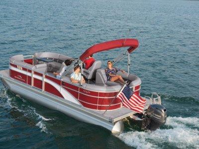 Bennington Pontoon Boat 22SSRX Stern Radius