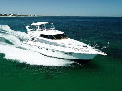 Dyna 50 - Three opulent cabins and open plan living areas