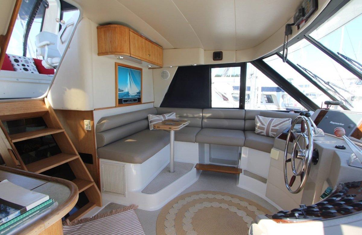 Bayliner 4788 Pilothouse:Pilothouse