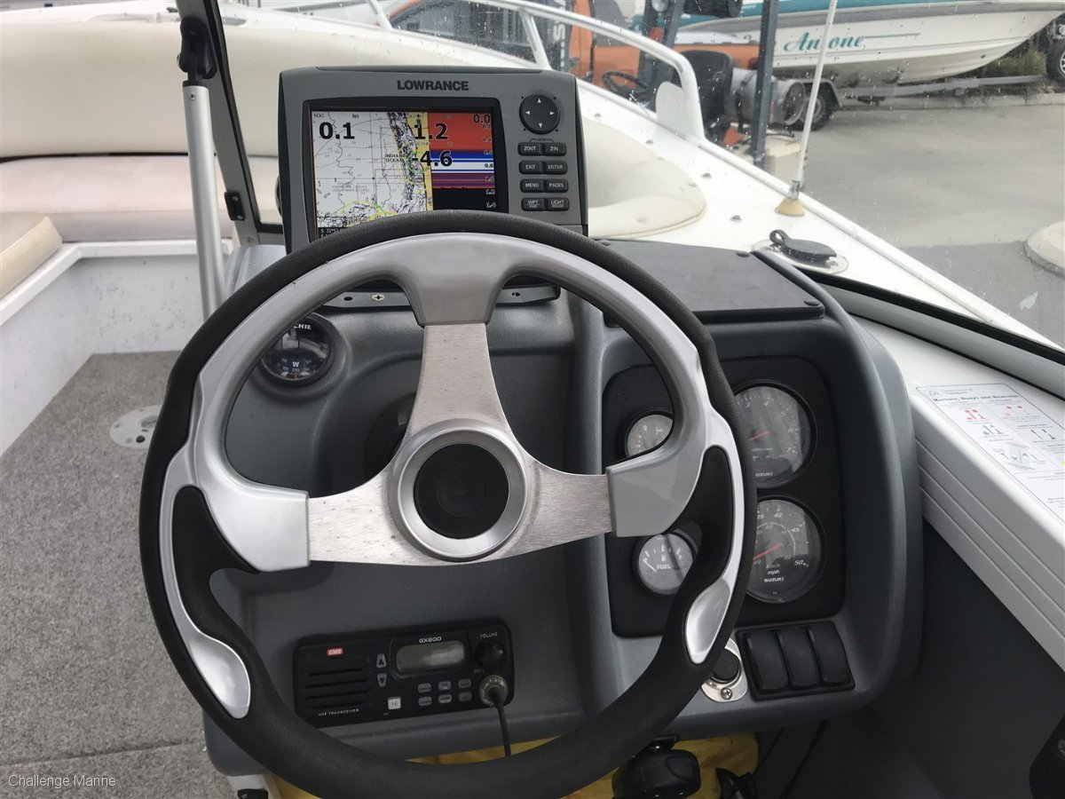 Quintrex 610 Freedom Sport Fantastic Conditon with 4 year Engine Warranty!!